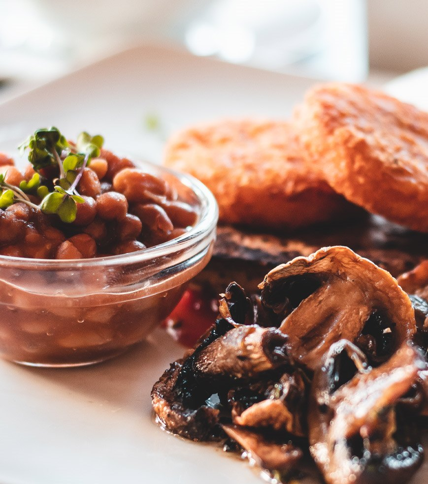 Breakfast with beans and mushrooms